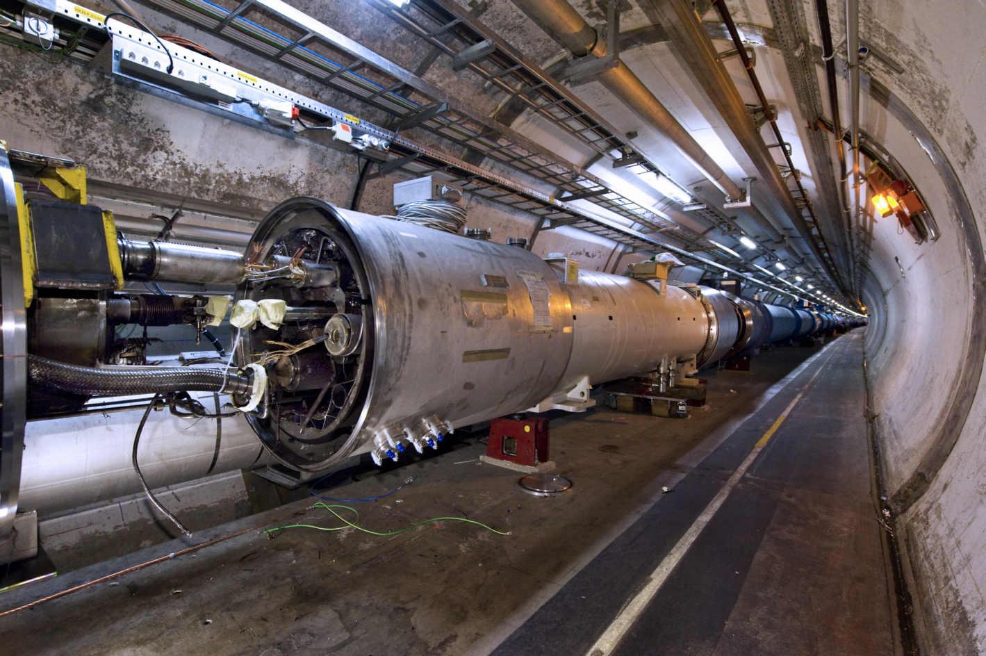 LHCofCERNs.jpeg